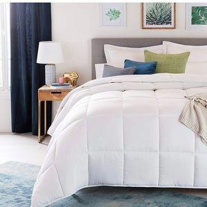 Down alternative comforter size cal king
